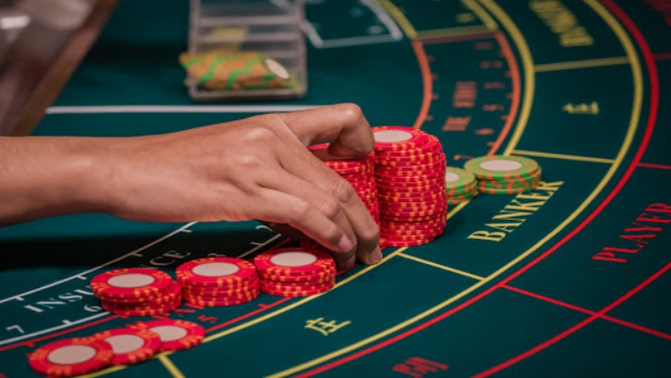 Size Does Matter: Baccarat and Mini-Baccarat
